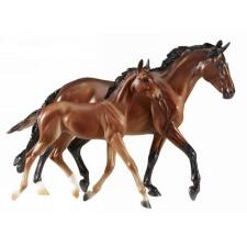 Breyer Traditional GG Valentine And Heartbreaker