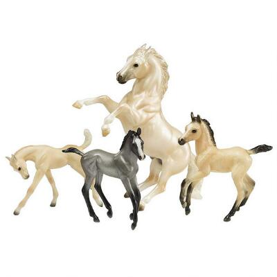 Breyer Traditional Clouds Legend Set