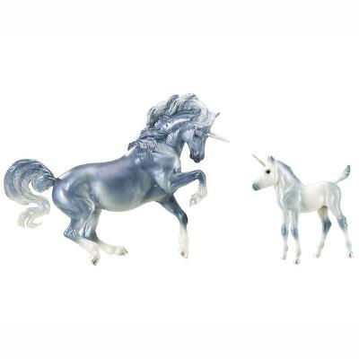 Beyer Traditional Unicorn Mare & Foal Set