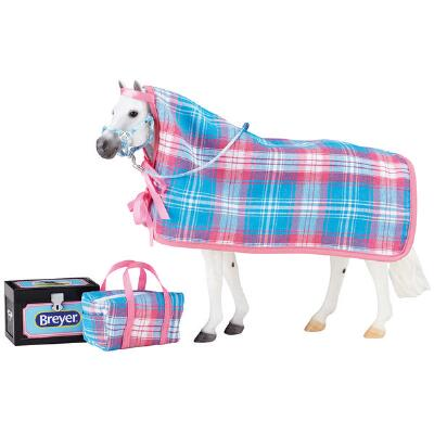 Breyer Traditional Going to the Horse Show Set