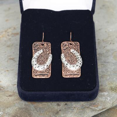 Blazin Roxx Hammered Copper Horseshoe Earrings