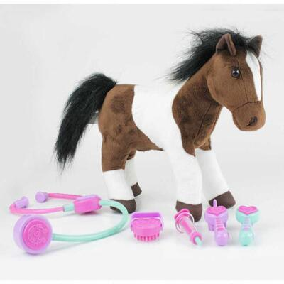 Breyer Lucky Acres Lily Care For Me Vet Set