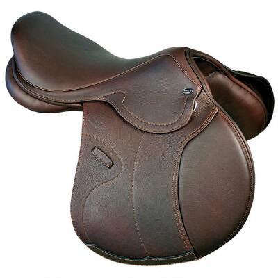 Legano Plus 4 Platinum Close Contact Saddle with Genesis